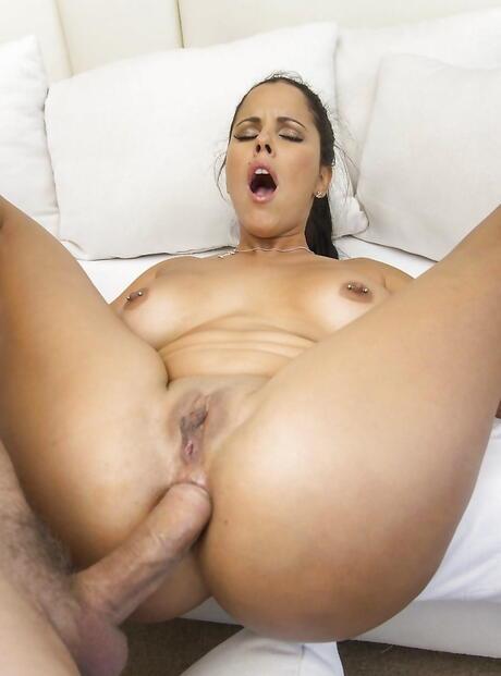 Latina Pictures