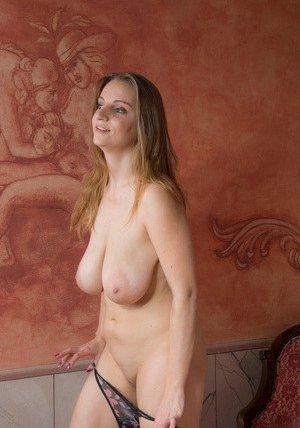 free natural boob photo galleries